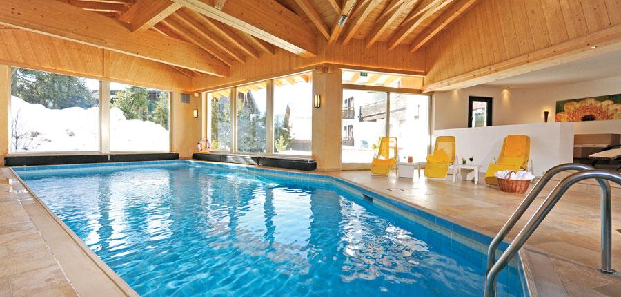 Austria_Seefeld_Stefanie_Indoor_pool.jpg